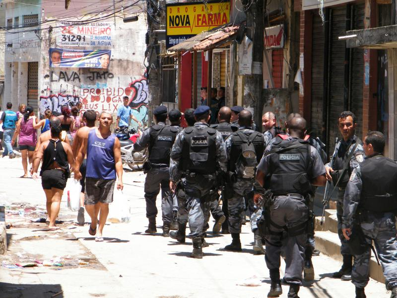 Massiver Einsatz: Bewaffnete Einheiten während der jüngsten Aktion