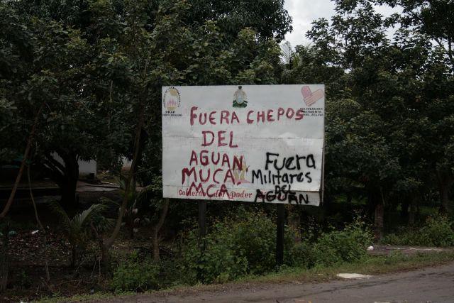 """""""Militärs raus aus Aguán"""""""