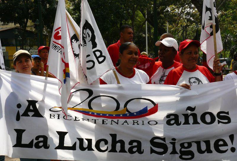 Sammelpunkt der Arbeiterfrauendemonstration auf dem Plaza Morelos in Caracas