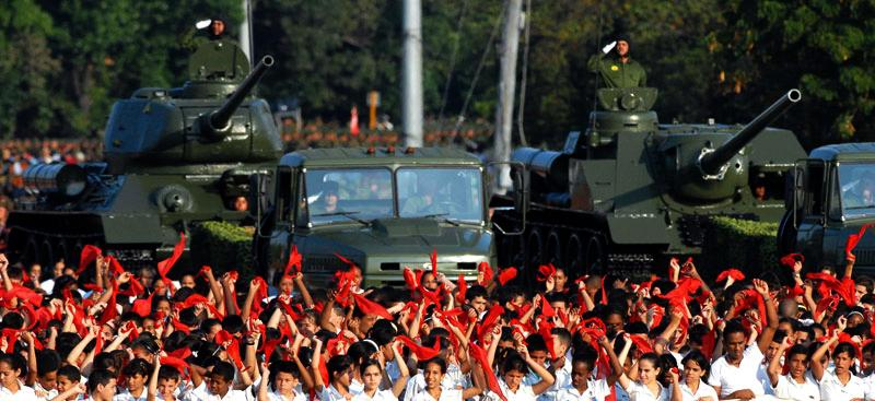 Bevölkerung und Panzereinheit