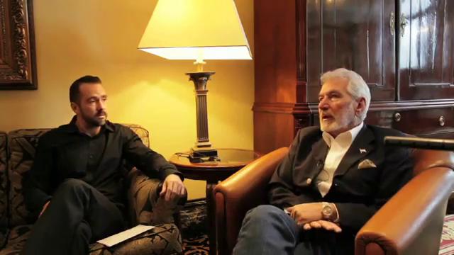 Nicaraguas Außenminister Samuel Santos im Interview mit amerika21-de-Redakteur Neuber