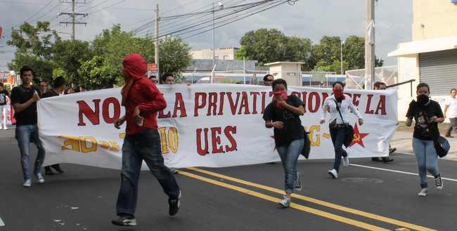 """""""Nein zur Privatisierung der UES"""""""