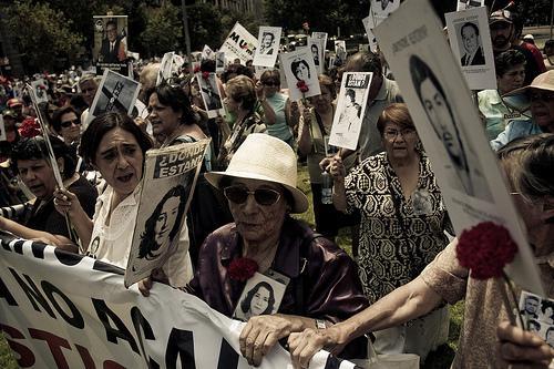 Angehörige von Verschwundenen demonstrieren gegen Straflosigkeit
