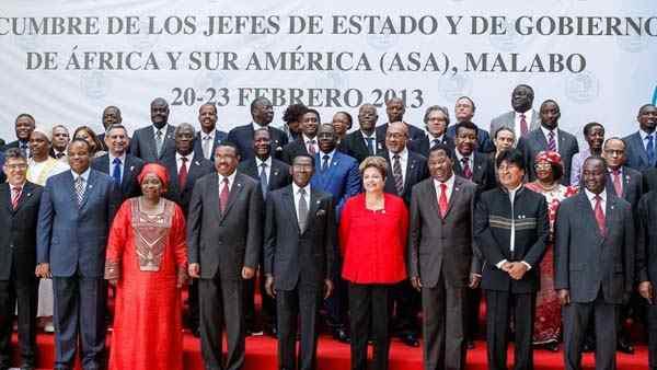 Teilnehmenden Staats-und Regierungschefs und Vizepräsidenten