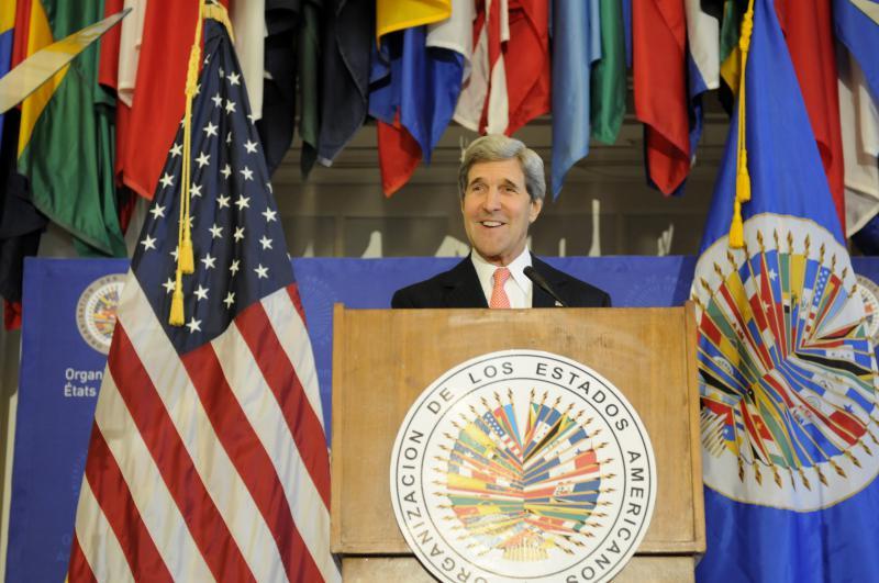 John Kerry vor der Organisation Amerikanischer Staaten