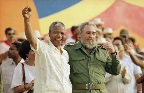 Nelson Mandela und Fidel Castro am 26. Juli 1991 in Matanzas, Kuba