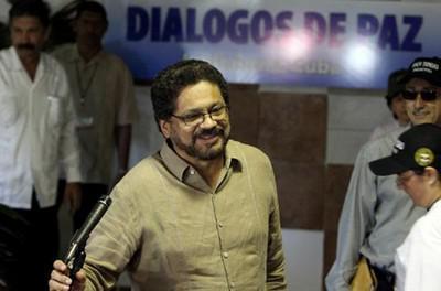 FARC-Verhandlungsführer Iván Márquez gibt die Fortsetzung der Friedensgespräche bekannt