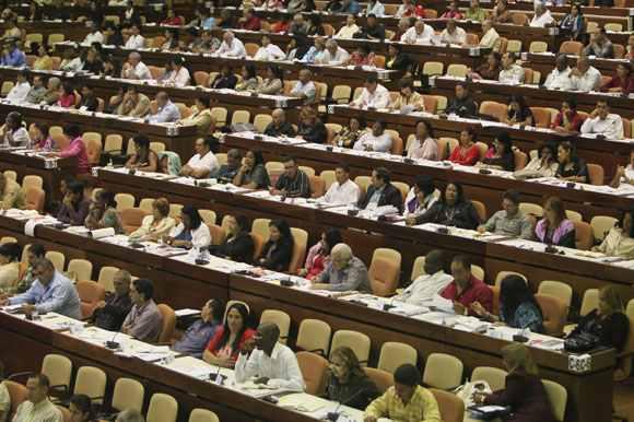 Bei der zweiten Sitzung des kubanischen Parlaments