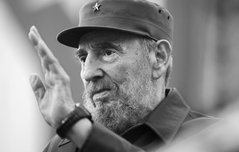 Hasta siempre (2010): Auf ewig. Der Titel spielt auf die Abschiedsformel im letzten Brief von Ernesto Che Guevara an.