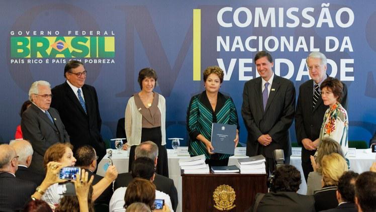 Übergabe des Berichtes der Nationalen Wahrheitskommission an Präsidentin Dilma Rousseff
