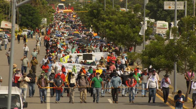 Demonstrationszug in Iguala