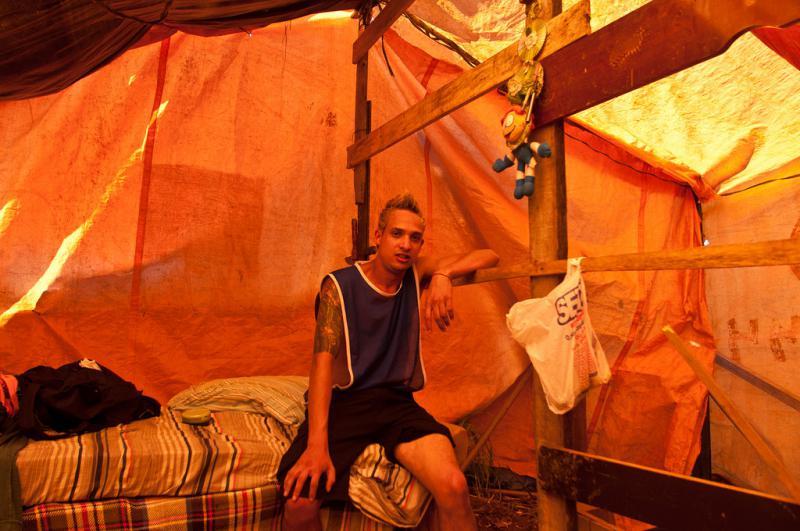 Einer der Spieler in seinem Zelt