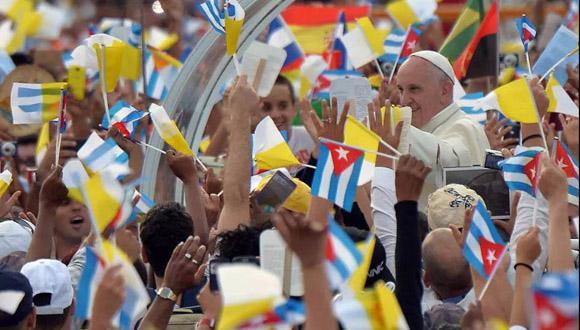 Begeisterter Empfang für Franziskus auf dem Platz der Revolution