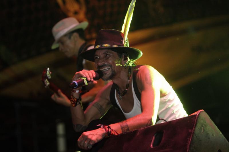 """Gleichzeitig fand zum Festival-Beginn ein Freikonzert auf dem Plaza Diego Ibarra statt. Es spielten unter anderen die Gruppe """"La Maldita vecindad y los Hijos del quinto patio"""" aus Mexiko ..."""