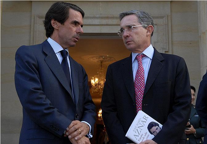 Erklärte Gegner von Venezuelas Regierung und Initiatoren der Erklärung: José María Aznar und Álvaro Uribe