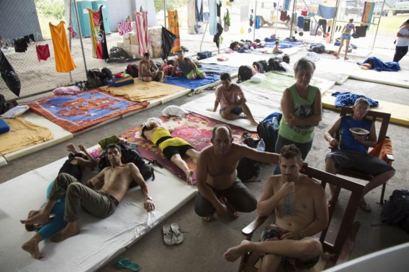In Costa wurden 18 Notunterkünfte eingerichtet, in denen derzeit 2.886 kubanische Staatsbürger auf die Weiterreise in die USA warten