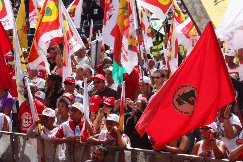Der brasilianische Gewerkschaftsdachverband CUT und die Landlosenbewegung MST hatten zur 1.Mai-Demonstration in São Paulo aufgerufen