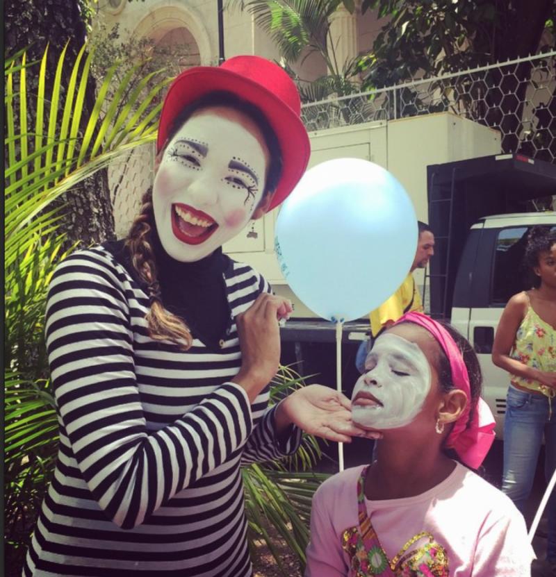 Für Kinder wurden Theaterstücke, Zirkus und Puppentheater aufgeführt und Workshops veranstaltet