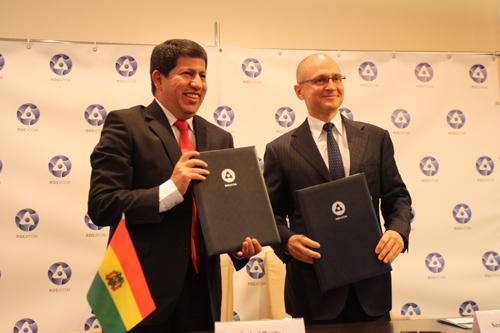 Nach Unterzeichnung des Abkommens in Moskau