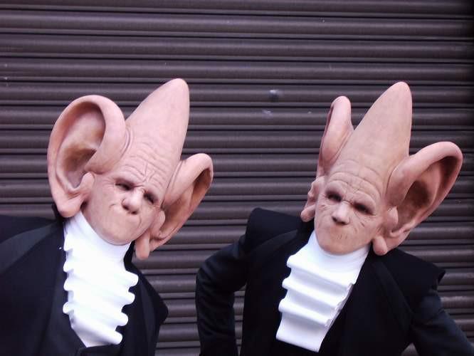"""""""On air"""" von der Theatergruppe La Cie D'Outre-Rue aus Belgien, ..."""