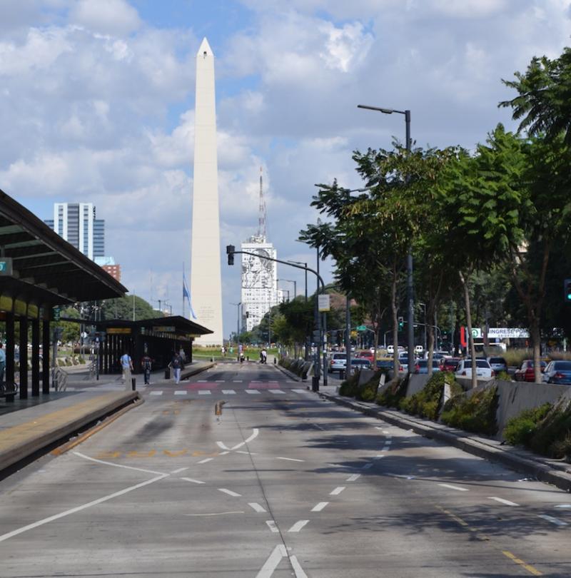 Leere Busspuren im Zentrum von Buenos Aires – für 24 Stunden ging nichts mehr