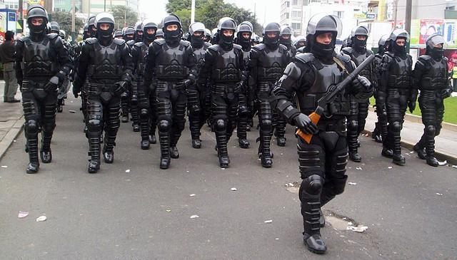 Sondereinheiten der Polizei zur Aufstandsbekämpfung in Peru