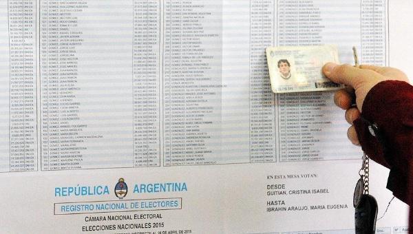 Rund 32 Millionen Argentinier wählen heute