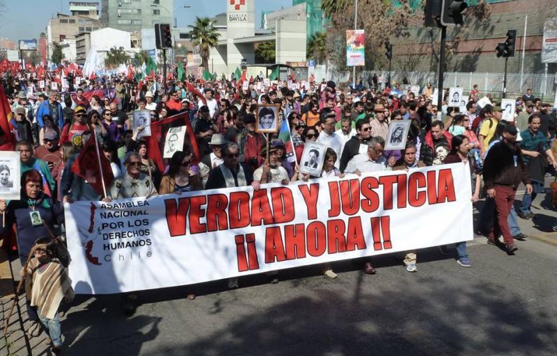 """""""Wahrheit und Gerechtigkeit Jetzt"""" - forderten die Demonstrierenden am Sonntag"""