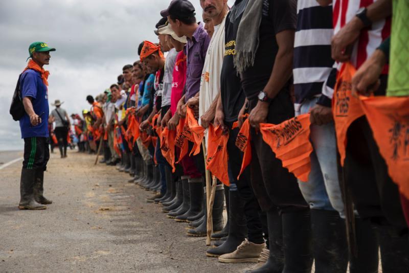 In den ländlichen Gebieten blockieren Kleinbauern weiterhin Straßen