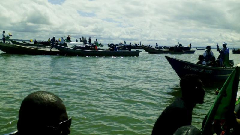 Mit 130 Booten besetzten Streikende den wichtigsten Hafen an der Pazifikküste in Buenaventura