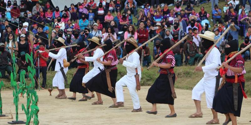 ... wurde die Geschichte des indigenen Widerstands in Chiapas dargestellt