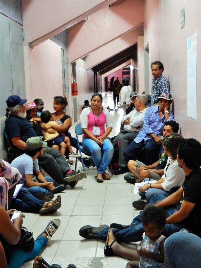 Eine Arbeitsgruppe zur Verteidigung indigener Territorien im Kampf gegen Megaprojekte im Rahmen des internationalen Treffens