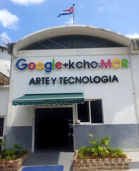 Bereits in Kuba aktiv: Im April hat Google hat gemeinsam mit dem kubanischen Künstler Kcho in dessen Studio in Havanna ein Internetcafé eröffnet