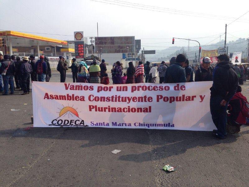 Blockade am Knotenpunkt Cuatro Caminos, Totonicapan