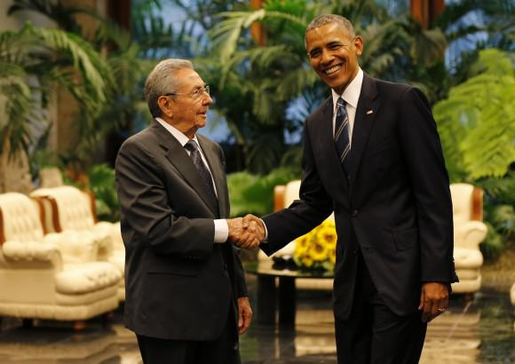 Auf Freundlichkeit bedacht: Raúl Castro und Barack Obama in Havanna