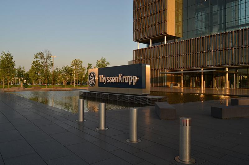 Eingang des Thyssenkrupp-Hauptquartiers in Essen. Kritik an Politik in Brasilien