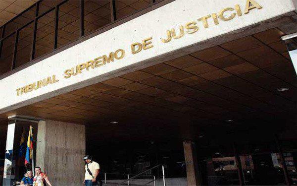 Der Oberste Gerichtshof Venezuelas hat bezüglich der Formalitäten des Abwahlreferendums gegen Präsident Nicolás Maduro entschieden