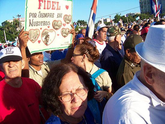 """""""Fidel – immer in unseren Herzen""""."""