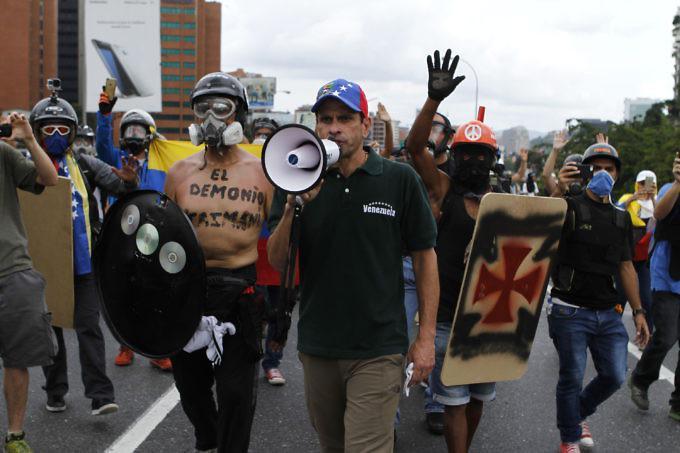 Oppositionsführer und Gouverneur des Bundesstaates Miranda, Enrique Capriles bei einer Demonstration in Caracas am 8. Mai