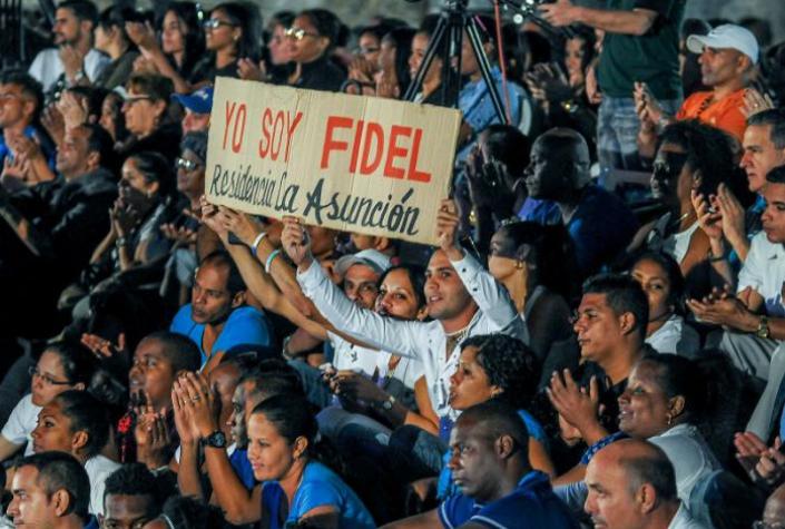 "Noch einmal die Losung ""Ich bin Fidel"""