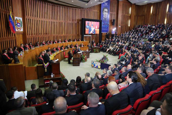 Venezuelas Präsident Nicolás Maduro legte seinen Rechenschaftsbericht vor dem Obersten Gerichtshof ab
