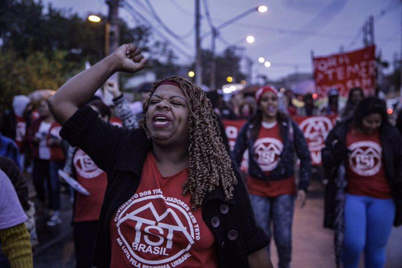 Aktivistin der Organisation der wohnungslosen Arbeiter MSTS