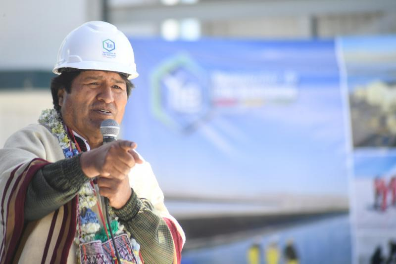 Ex-Präsident Morales eröffnete eine Kaliumchlorid-Industrieanlage in Uyuni, Potosí, die Teil der Strategie zur Industrialisierung von Lithium ist