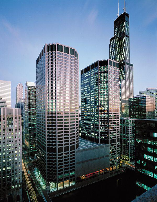 Die Chicago Mercantile Exchange (CME) ist eine der größten Börsen der Welt. Dort werden vor allem Futures und Optionen gehandelt