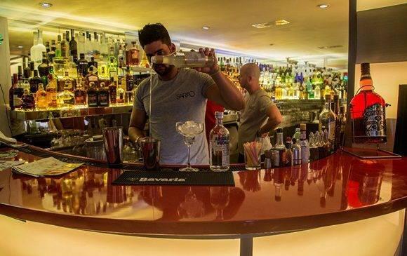 """Bar-Restaurant Sarao´s in Havanna, eines von zahlreichen Unternehmen """"auf eigene Rechnung"""" in Kuba"""