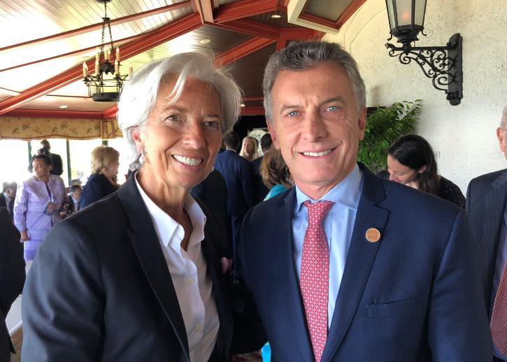 IWF-Direktoren Christine Lagarde mit Präsident Mauricio Macri vergangene Woche auf dem G7-Gipfel in La Malbaie, Kanada