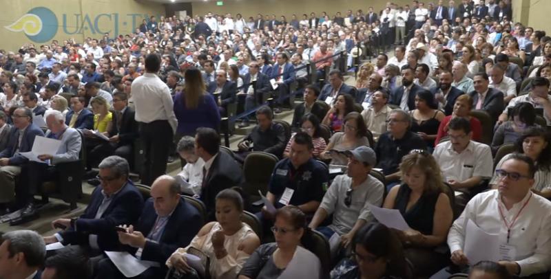 Teilnehmende am Forum in Ciudad Juarez. Neben Experten waren auch Organisationen der Zivilgesellschaft, Opfer sowie Angehörige von Verschwundenen und Ermordeten (Screenshot)