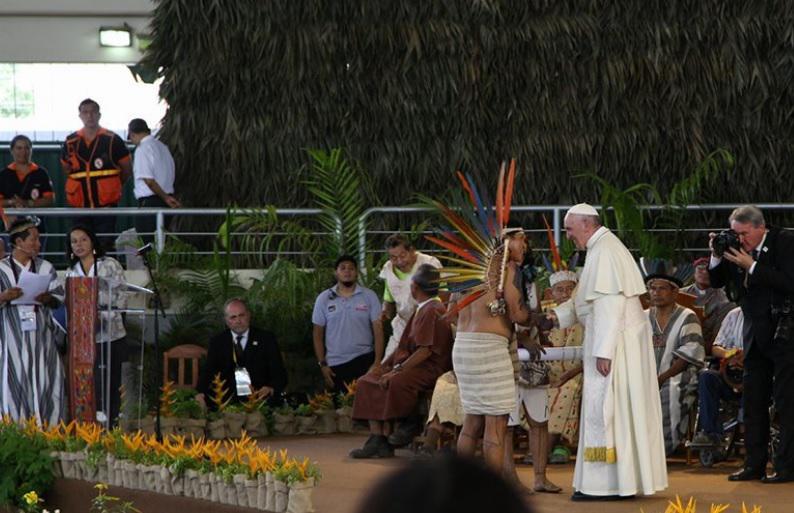Papst Franziskus im Januar bei seinem Besuch in Puerto Maldonado, Peru