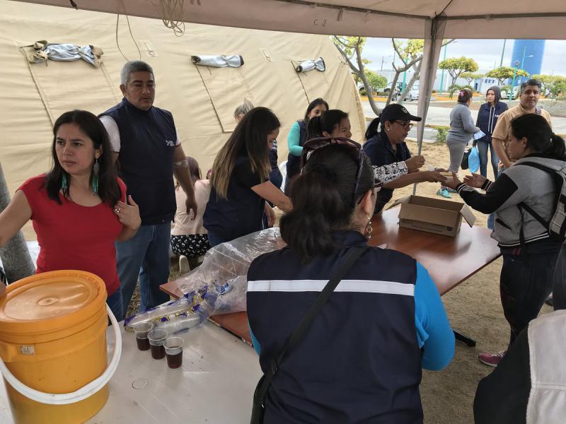 In der ecuadorianischen Grenzstadt Huaquillas werden Migranten aus Venezuela auf ihrem Weg nach Peru versorgt