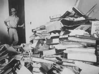 Dokumente aus der Zeit der Diktatur bei der Entdeckung in der Polizeistation Lambaré 1992